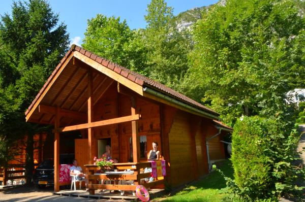 Camping Les Fontaines, Lathuile