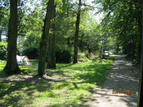 Camping La Forêt, Larzicourt